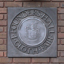 Founders&#x27; Hall - Cloth Fair, with crest
