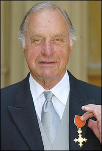 Geoffrey Palmer, OBE