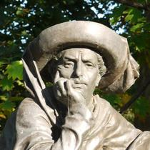 Henry the Navigator statue