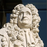 Sir Hans Sloane statue - Duke of York Sq